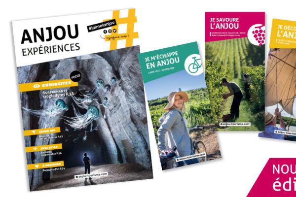 Couvertures du magazine et des trois cartes 2021